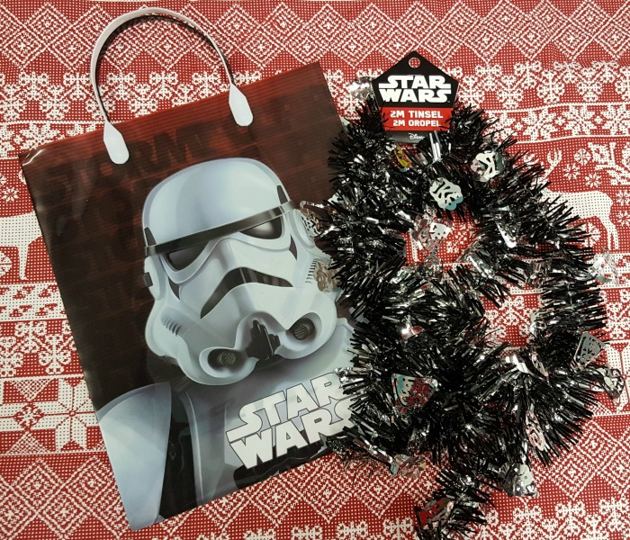 poundland-star-wars-tinsel